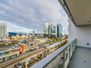 """Photo 9: 1501 6333 SILVER Avenue in Burnaby: Metrotown Condo for sale in """"SILVER"""" (Burnaby South)  : MLS®# R2011210"""