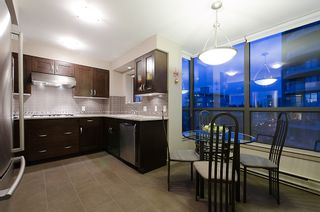 """Photo 16: 800 5890 BALSAM Street in Vancouver: Kerrisdale Condo for sale in """"CAVENDISH"""" (Vancouver West)  : MLS®# V912082"""