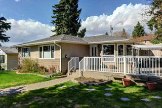 Photo 1: 2632 34 Avenue NW in CALGARY: Charleswood Residential Detached Single Family for sale (Calgary)  : MLS®# C3616714