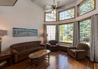 Photo 5: 125 Scimitar Bay NW in Calgary: Scenic Acres Detached for sale : MLS®# A1129526