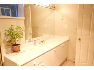 """Photo 11: 107 5880 HAMPTON Place in Vancouver: University VW Condo  in """"THAMES COURT"""" (Vancouver West)  : MLS®# V1114262"""