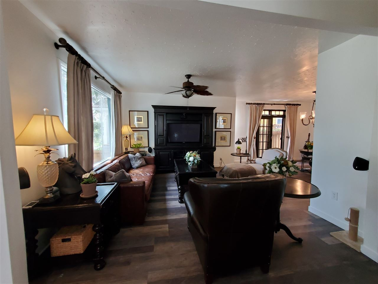 Main Photo: 11236 96 Street in Edmonton: Zone 05 House for sale : MLS®# E4244610