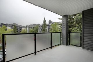 Photo 4: 321 10 Sierra Morena Mews SW in Calgary: Signal Hill Apartment for sale : MLS®# A1119254