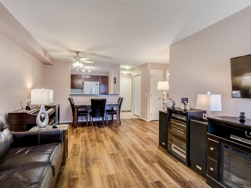 Main Photo: 2113 5200 44 Avenue NE in Calgary: Whitehorn Apartment for sale : MLS®# A1093257