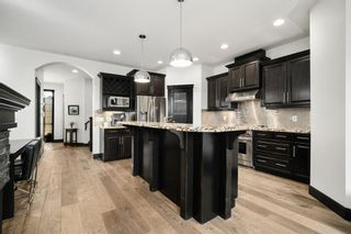 Photo 4: 419 26 Avenue NW in Calgary: Mount Pleasant Semi Detached for sale : MLS®# A1100742