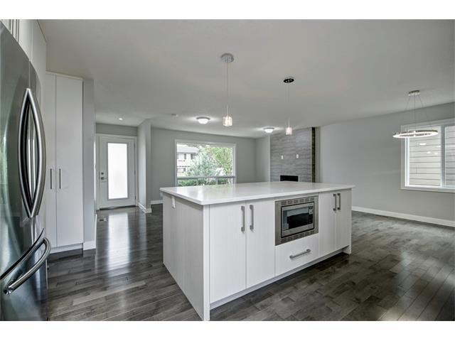 Photo 14: Photos: 448 CEDARPARK Drive SW in Calgary: Cedarbrae House for sale : MLS®# C4084629