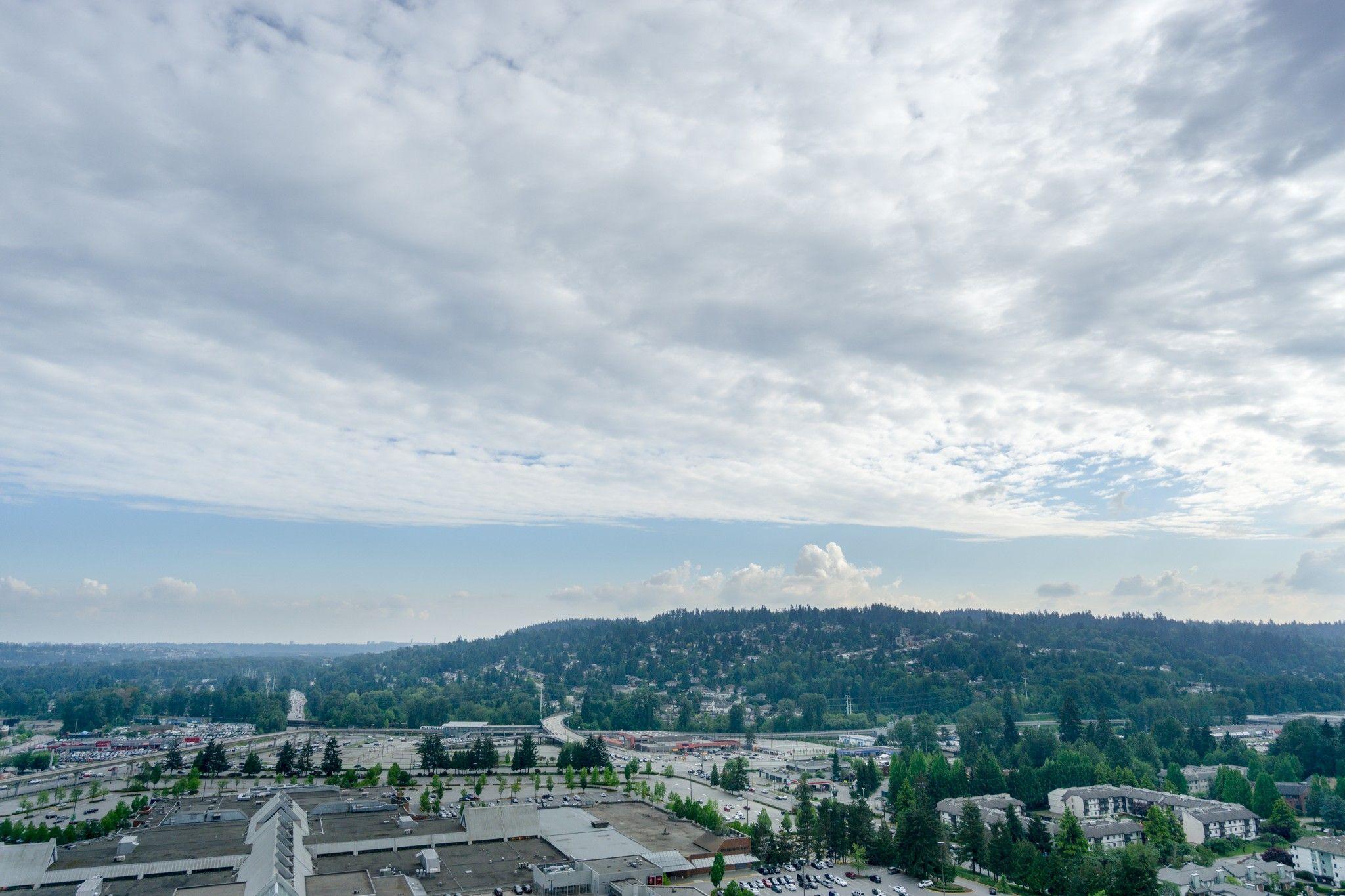"""Photo 37: Photos: 2906 2955 ATLANTIC Avenue in Coquitlam: North Coquitlam Condo for sale in """"OASIS"""" : MLS®# R2274297"""