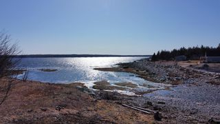 Photo 9: 2722 Sandy Point Road in Sandy Point: 407-Shelburne County Residential for sale (South Shore)  : MLS®# 202105908