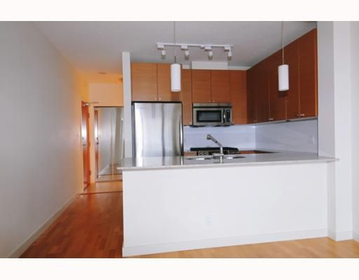 """Photo 3: Photos: 701 110 BREW Street in Port Moody: Port Moody Centre Condo for sale in """"ARIA"""" : MLS®# V802632"""