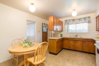 Photo 12: 2418 WARRENTON Avenue in Coquitlam: Central Coquitlam House for sale : MLS®# R2537280