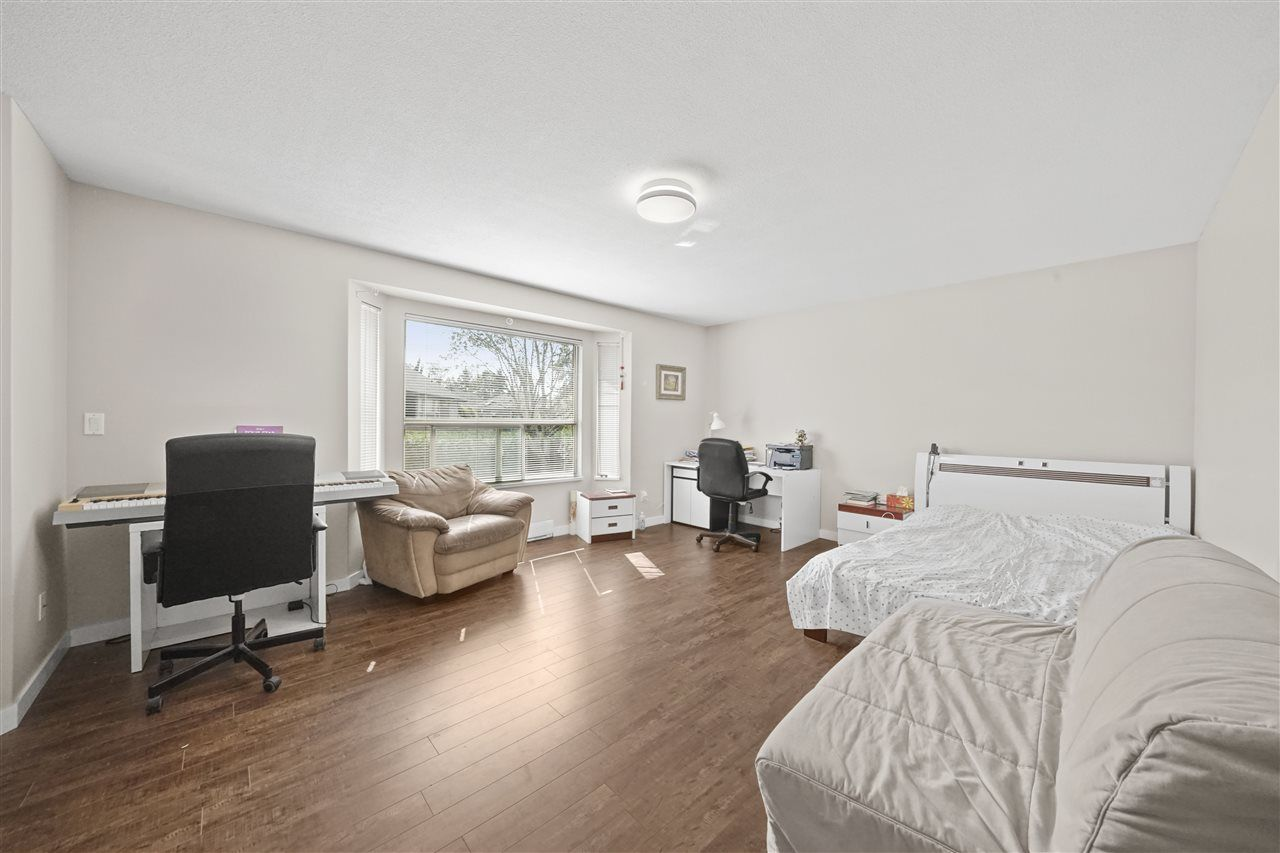 """Photo 8: Photos: 5268 CLIPPER Place in Delta: Neilsen Grove House for sale in """"MARINA GARDENS"""" (Ladner)  : MLS®# R2396213"""