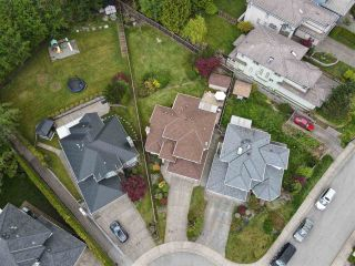 """Photo 26: 1582 BRAMBLE Lane in Coquitlam: Westwood Plateau House for sale in """"Westwood Plateau"""" : MLS®# R2585531"""