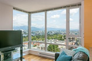 "Photo 2: 803 2483 SPRUCE Street in Vancouver: Fairview VW Condo for sale in ""Skyline"" (Vancouver West)  : MLS®# R2398582"