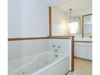 Photo 14: 727 HENDERSON Avenue in Coquitlam: Coquitlam West House for sale : MLS®# V1052911