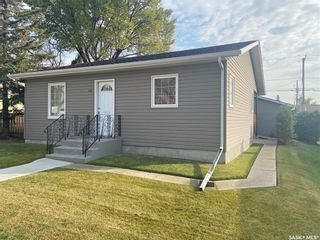 Photo 1: 885 5th Avenue Northwest in Moose Jaw: Central MJ Residential for sale : MLS®# SK873731