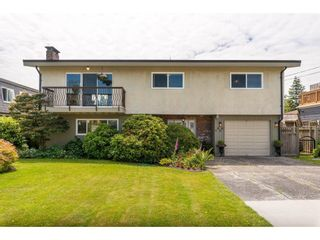 Photo 1: 5802 CRESCENT Drive in Delta: Hawthorne House for sale (Ladner)  : MLS®# R2378751