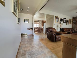 Photo 8: 3537 121A Avenue in Edmonton: Zone 23 House for sale : MLS®# E4253424