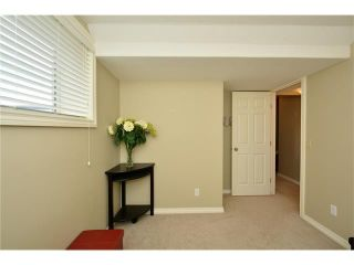 Photo 35: 193 ROYAL CREST VW NW in Calgary: Royal Oak House for sale : MLS®# C4107990