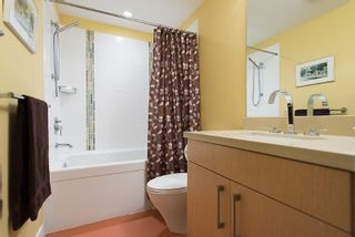 """Photo 11: 805 1833 CROWE Street in Vancouver: False Creek Condo for sale in """"THE FOUNDRY"""" (Vancouver West)  : MLS®# R2120097"""