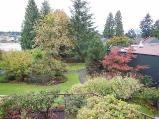 "Photo 17: 401 2800 CHESTERFIELD Avenue in North Vancouver: Upper Lonsdale Condo for sale in ""Somerset Green"" : MLS®# R2116386"