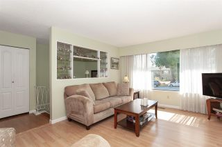 Photo 3: 13893 77A Avenue in Surrey: East Newton House for sale : MLS®# R2303426
