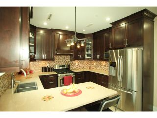 Photo 8: 845 57 Avenue in Vancouver: South Vancouver House for sale (Vancouver East)  : MLS®# V1105469