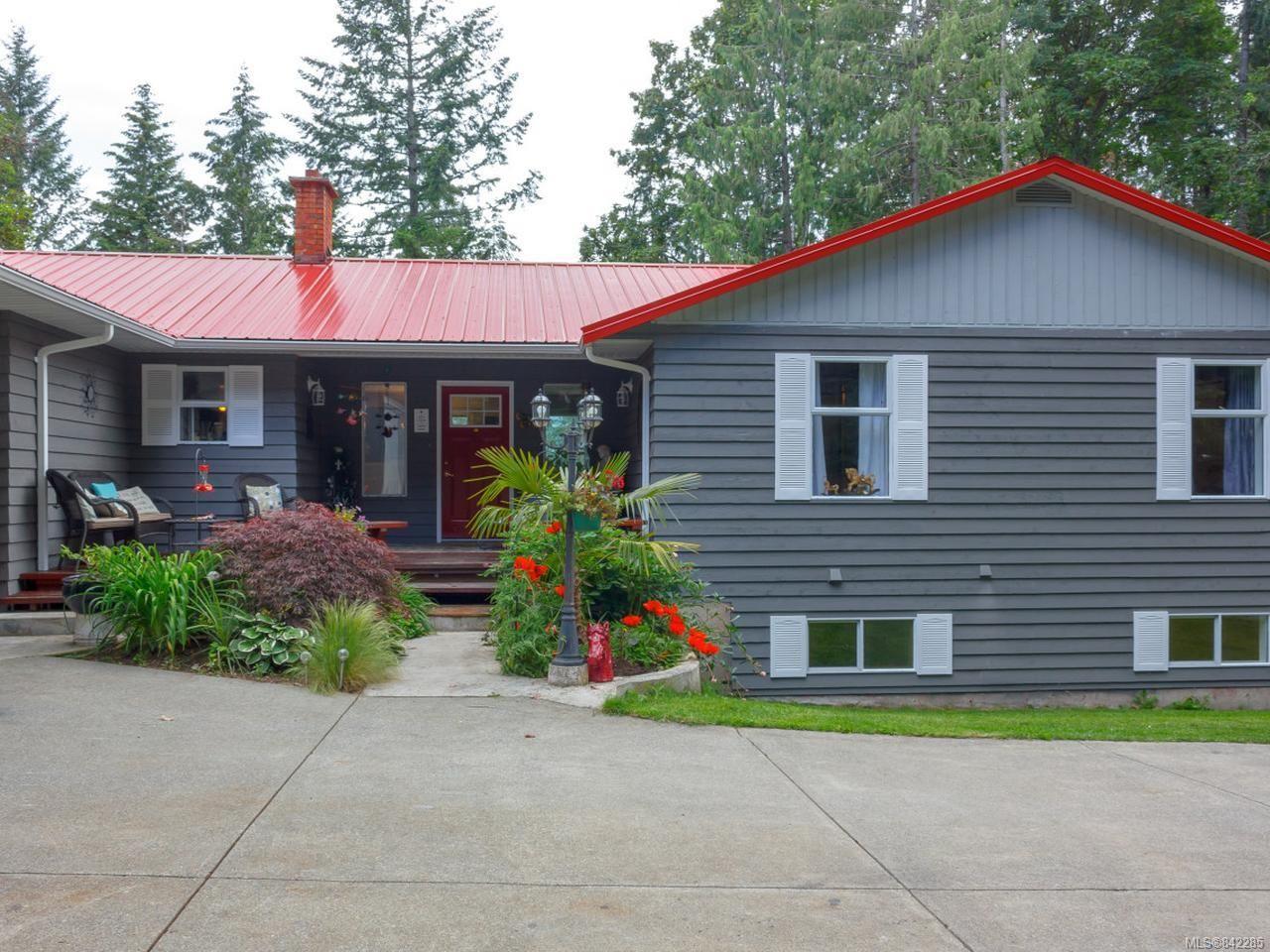 Main Photo: 9880 Panorama Ridge Rd in Chemainus: Du Chemainus House for sale (Duncan)  : MLS®# 842285