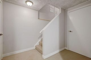 Photo 16: 4115 DOVERBROOK Road SE in Calgary: Dover Detached for sale : MLS®# C4295946