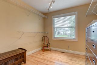 Photo 18: 2969 Oakmoor Crescent SW in Calgary: Oakridge Detached for sale : MLS®# A1123644