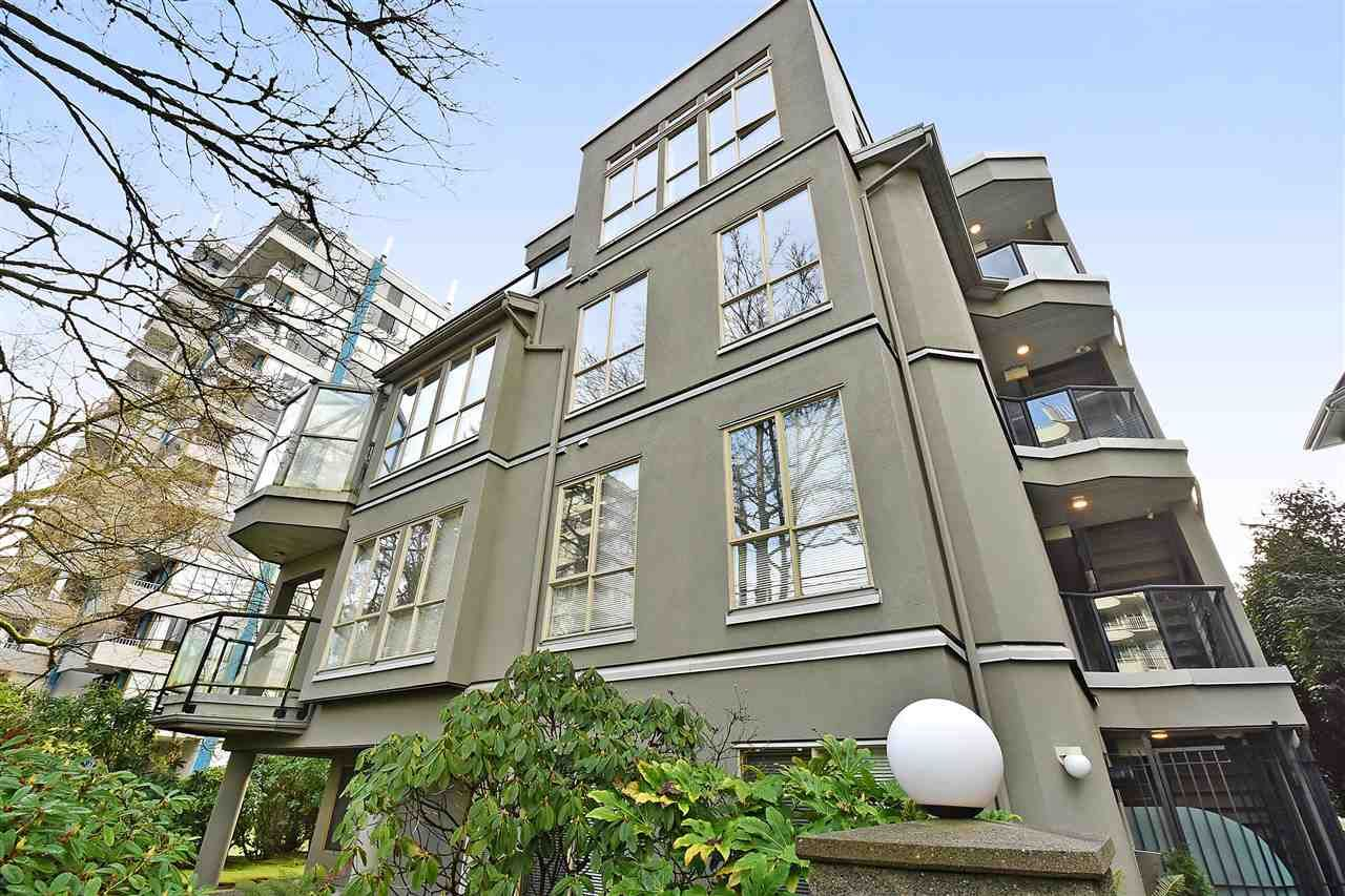 """Main Photo: 402 4688 W 10TH Avenue in Vancouver: Point Grey Condo for sale in """"WEST TENTH COURT"""" (Vancouver West)  : MLS®# R2556561"""