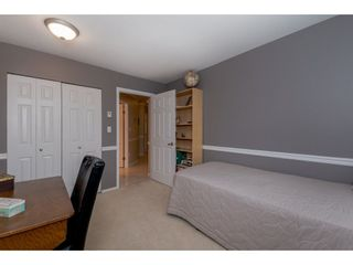 """Photo 15: 208 5375 205 Street in Langley: Langley City Condo for sale in """"GLENMONT PARK"""" : MLS®# R2295267"""