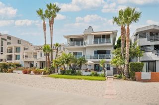 Photo 2: PACIFIC BEACH Townhouse for sale : 3 bedrooms : 1177 Pacific Beach Dr #Unit C in San Diego