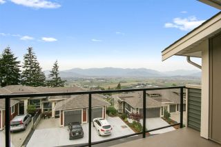 """Photo 19: 48 6026 LINDEMAN Street in Chilliwack: Promontory Townhouse for sale in """"Hillcrest Lane"""" (Sardis)  : MLS®# R2504692"""