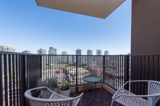 """Photo 15: 1703 1055 HOMER Street in Vancouver: Yaletown Condo for sale in """"DOMUS"""" (Vancouver West)  : MLS®# R2186785"""
