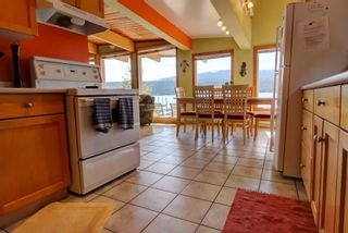Photo 11: 7748 Squilax Anglemont Road: Anglemont House for sale (North Shuswap)  : MLS®# 10229749