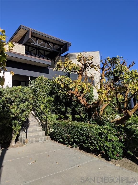 Main Photo: LA JOLLA Townhouse for rent : 3 bedrooms : 7955 Prospect Place #B in LaJolla