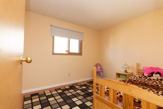 Photo 9: 1011 17A Street NE in Calgary: Mayland Heights Semi Detached for sale : MLS®# A1100061