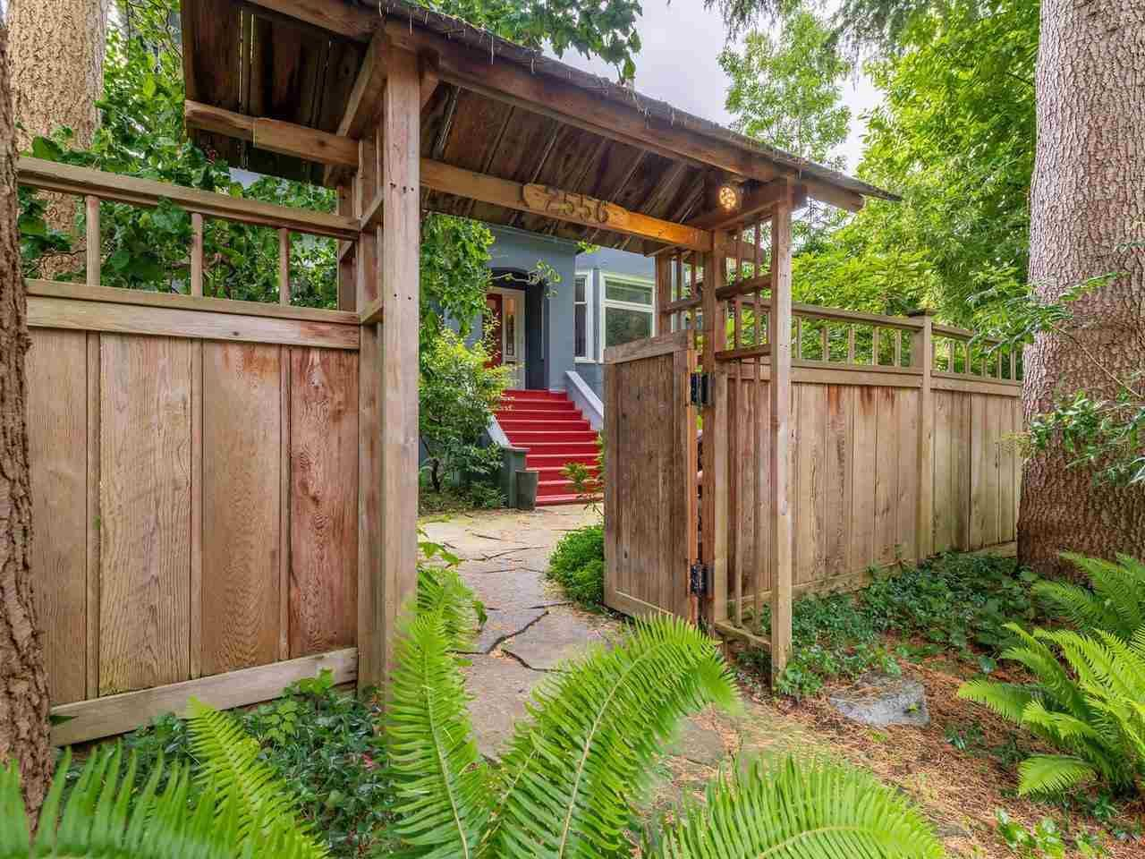 Photo 14: Photos: 2556 W 2ND Avenue in Vancouver: Kitsilano House for sale (Vancouver West)  : MLS®# R2593228