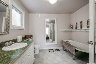 Photo 27: 821 8th Avenue North in Saskatoon: City Park Residential for sale : MLS®# SK873626