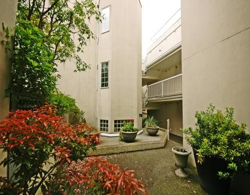 """Photo 10: Photos: 308 8633 SW MARINE Drive in Vancouver: Marpole Condo for sale in """"SOUTHBEND"""" (Vancouver West)  : MLS®# V765921"""