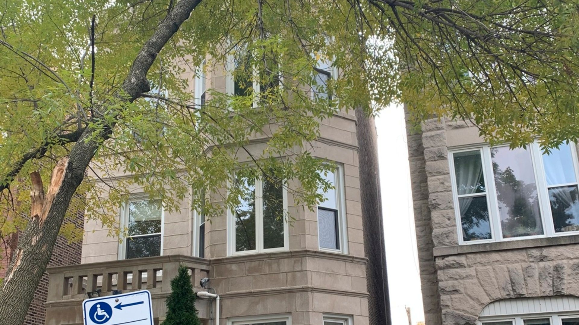 Photo 2: Photos: 2715 Evergreen Avenue Unit 2 in Chicago: CHI - West Town Residential Lease for lease ()  : MLS®# 10877768