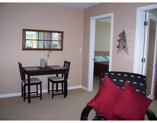 """Photo 7: 1403 120 MILROSS Ave in Vancouver: Mount Pleasant VE Condo for sale in """"THE BRIGHTON"""" (Vancouver East)  : MLS®# V645464"""