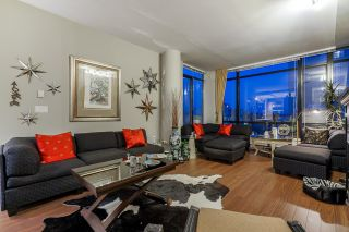 """Photo 2: 2102 610 VICTORIA Street in New Westminster: Downtown NW Condo for sale in """"The Point"""" : MLS®# R2611211"""