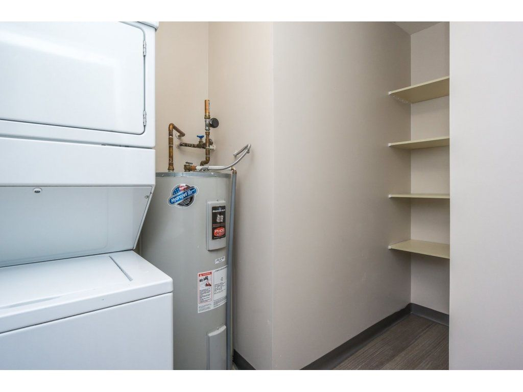"""Photo 17: Photos: 302 33839 MARSHALL Road in Abbotsford: Central Abbotsford Condo for sale in """"Cityscape"""" : MLS®# R2106369"""