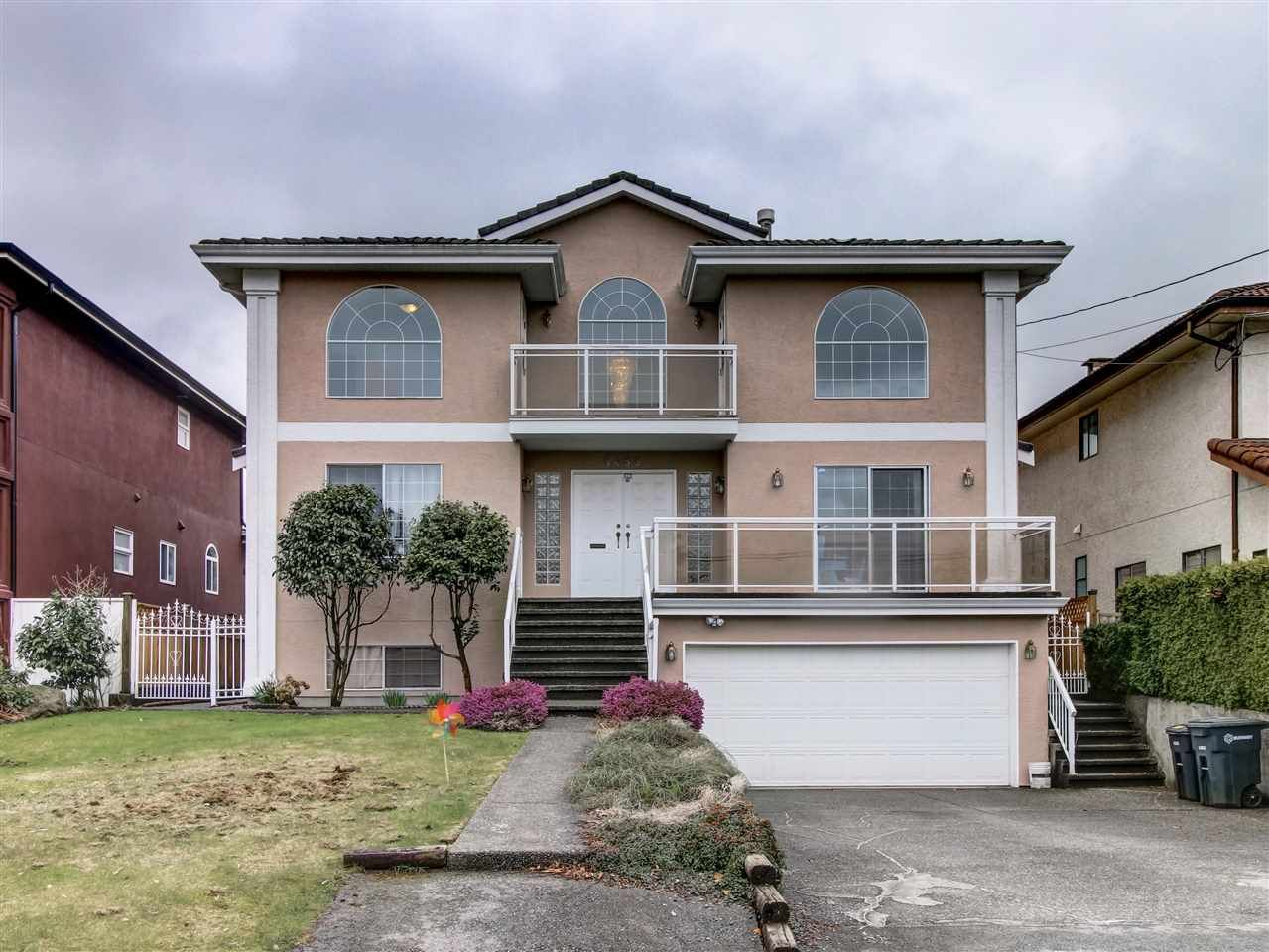 Main Photo: 5466 LAUREL Street in Burnaby: Central BN House for sale (Burnaby North)  : MLS®# R2148056