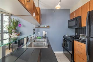 """Photo 13: 2109 501 PACIFIC Street in Vancouver: Downtown VW Condo for sale in """"THE 501"""" (Vancouver West)  : MLS®# R2492632"""