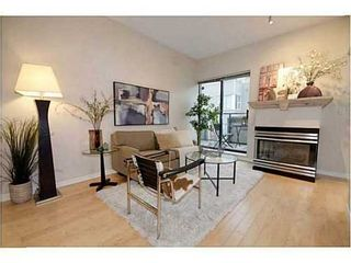 Photo 1: 306 2688 VINE Street in Vancouver West: Home for sale : MLS®# V1032594