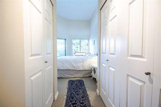 Photo 13: 301 1467 MARTIN Street: White Rock Condo for sale (South Surrey White Rock)  : MLS®# R2047854
