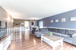 Photo 3: 33146 CHERRY Avenue in Mission: Mission BC House for sale : MLS®# R2156443