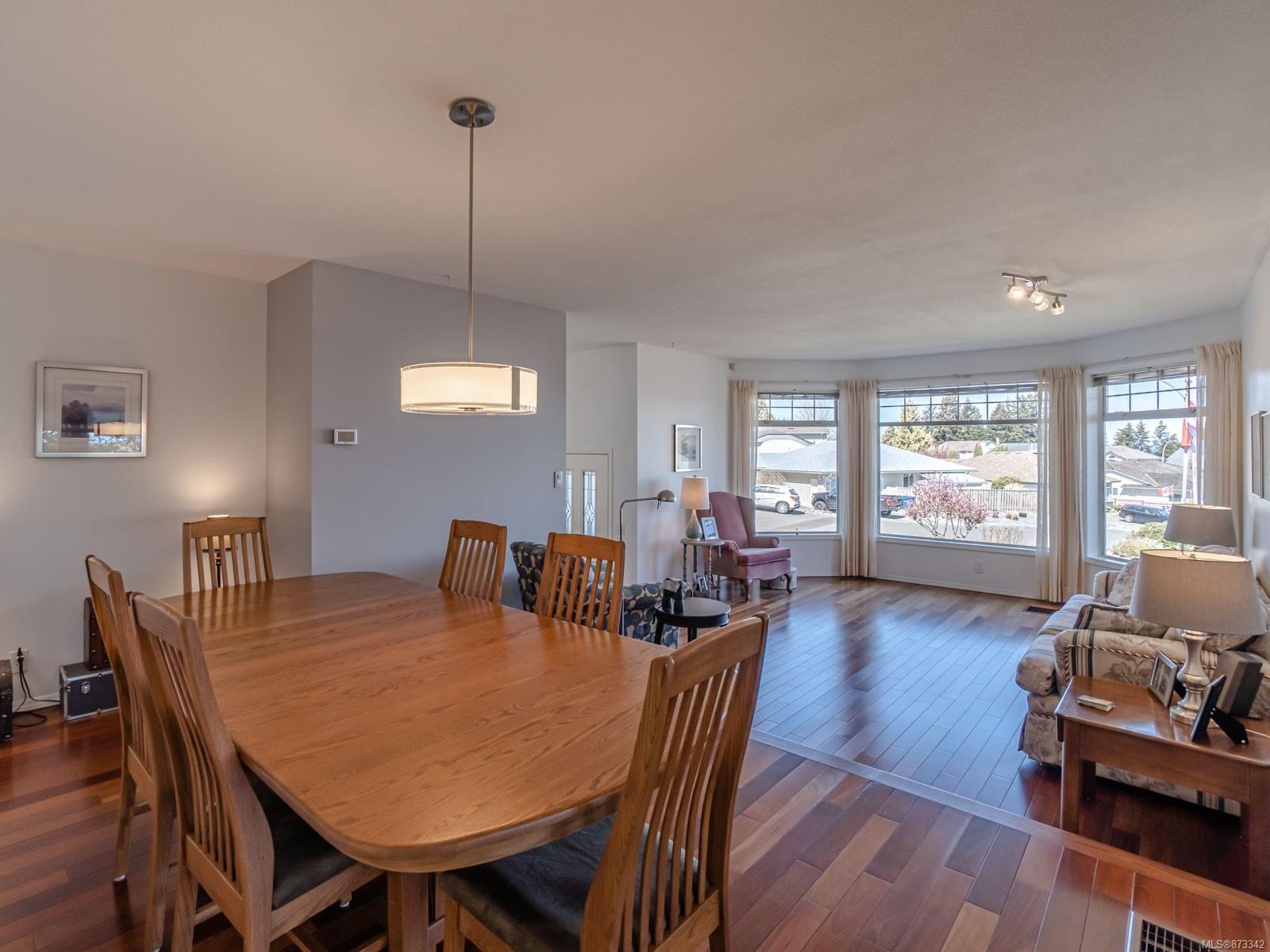 Photo 21: Photos: 5294 Catalina Dr in : Na North Nanaimo House for sale (Nanaimo)  : MLS®# 873342